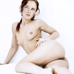 Alexis Bledel Naked Celebrity Pic sexy 26