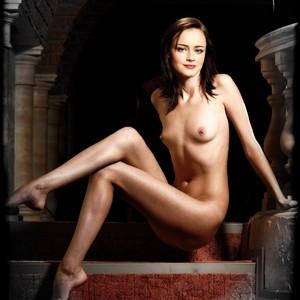 Alexis Bledel Naked Celebrity sexy 5