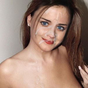 Alexis Bledel Naked Celebrity Pic sexy 8