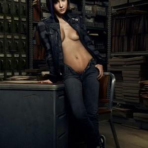 Allison Scagliotti nude celebrity pics