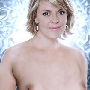 Amanda Tapping celeb nude