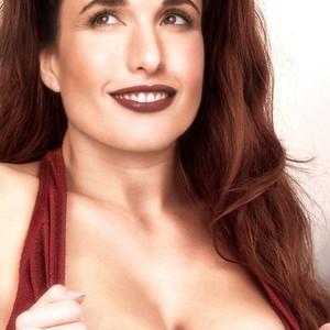Andie MacDowell free nude celebrities