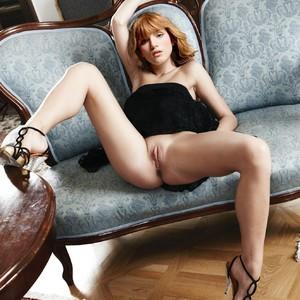 Bella Thorne celebrities naked