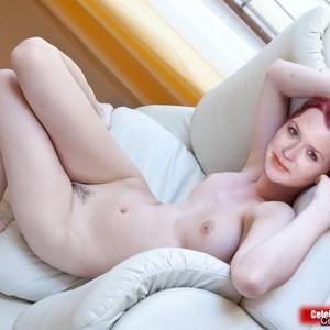 Bonnie Wright naked