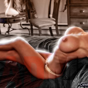 Christina Hendricks naked celebrities