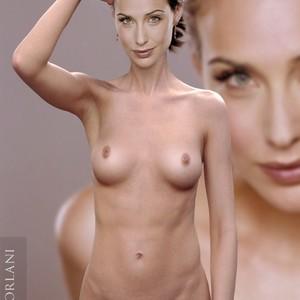 Claire Mills  nackt
