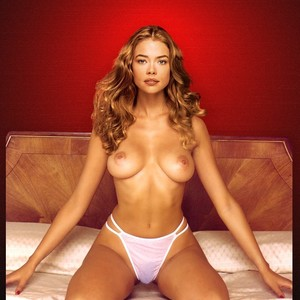 Denise Richards nude celeb