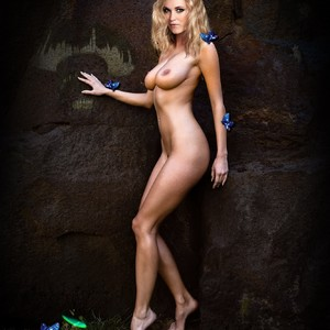 Eliza Taylor nude celeb