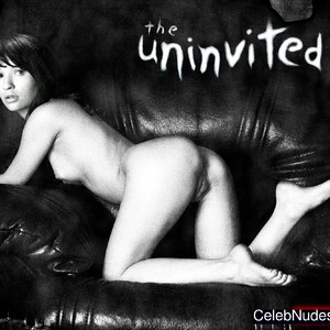 Emily Browning nude celebrity pictures