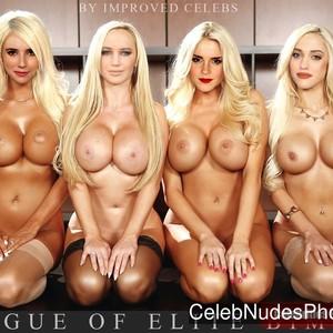 Emma Roberts celebrities nude