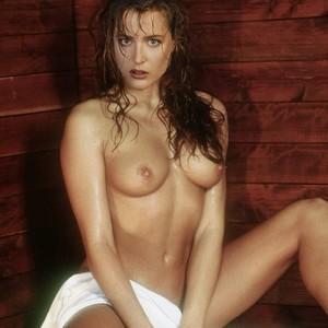 Gillian Anderson celebrity nude pics