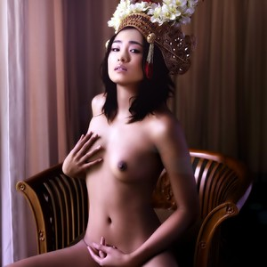 Gong Li celebrity naked