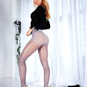 Gwyneth Paltrow nude celebs