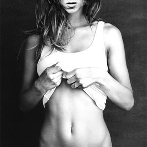 Jennifer Aniston nude celebs