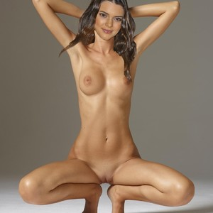 kendall und kylie jenner nude fakes