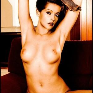 Monica Bellucci celeb nude