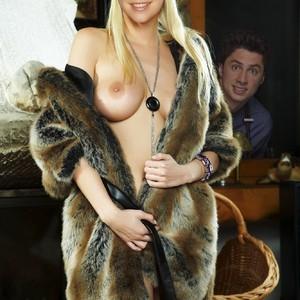 Sarah Chalke nude celebrity pictures