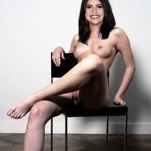 Shelley Hennig nude celebrity pictures