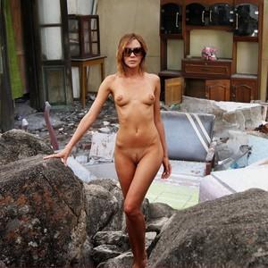 Victoria Beckham nude celeb