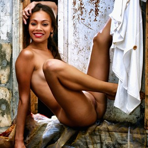 Zoë Saldana celebs nude