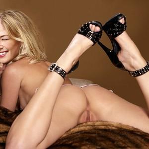 Amanda Pike Nude